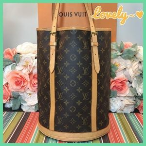Louis Vuitton Authentic Bucket GM